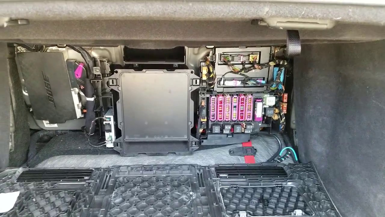 Location of the Fuse box in Audi A8 2012. - YouTubeYouTube