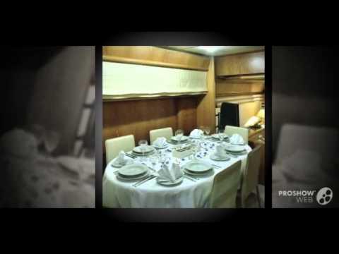 Ferretti 225 refit 2007 bank repossession power boat, flybridge yacht year - 1996