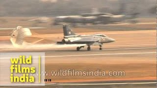 Deceleration parachute on French fighter aircraft in India