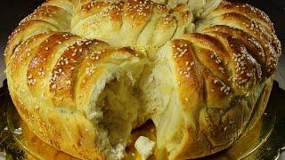 Питка пухкавелка с топено сирене