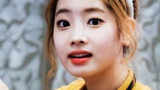 DAHYUN DOING WEIRD STUFFS WITH THE CAMERA