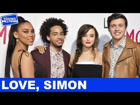 Nick Robinson, Katherine Langford & the Love, Simon Cast Play the Superlative Challenge!