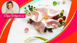 Цветок из атласной ленты 🌺 Вышивка лентами для начинающих/Simple flowers made of satin ribbon