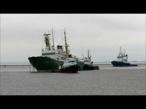 Schulschiff Emsstrom Abschied mit Schlagseite und ohne Maschine Emden vessel Farewell listing