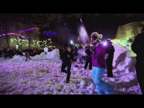 World's largest snowball fight in Seattle