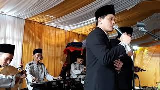 L'barkah Live perform Qomarun...