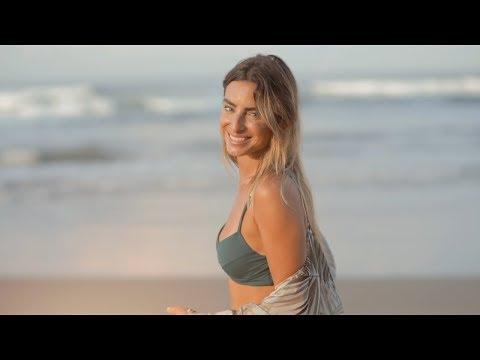 Manu Negrete - Mujer De Piel Dorada [Videoclip Oficial]