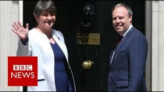 """DUP """"playing hardball"""" in talks with May - BBC News"""