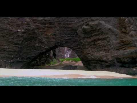 steven's-travel-blog---napali-coast-boat-trip---kauai