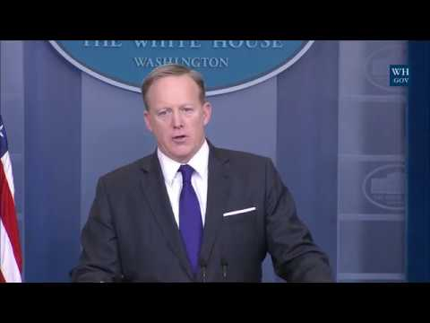 3/30/17: White House Press Briefing