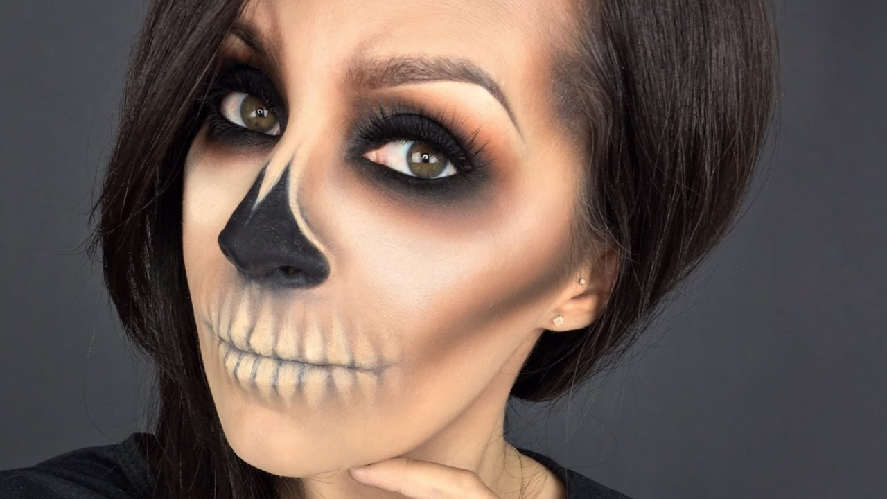 Easy Skull l Halloween makeup tutorial l Minimal products used ...