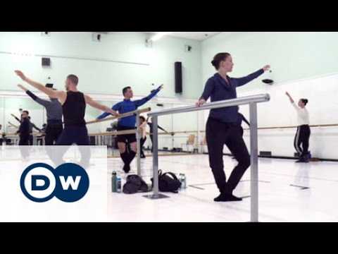 Sarah's Music: The Lucinda Childs Dance Company | Sarah's Music