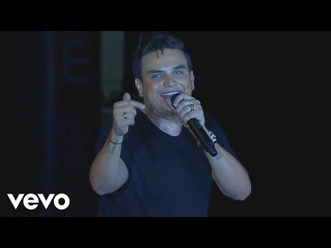 Silvestre Dangond - Me Sigues Gustando (Vivo)