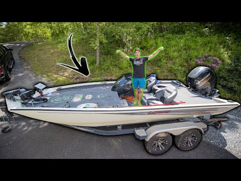 What's It Like To Own A BASS BOAT? -- (FULL BOAT TOUR After 1 Year)