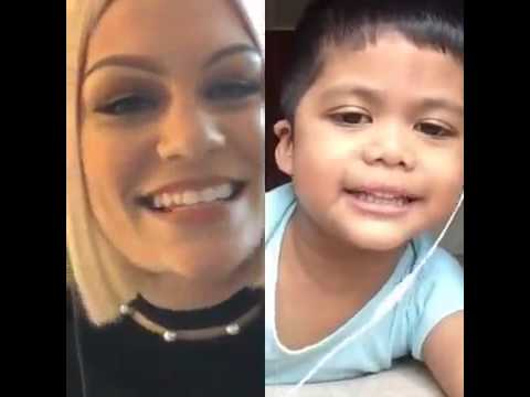 Jessie J - Flashlight (with a little fan - Smule App)