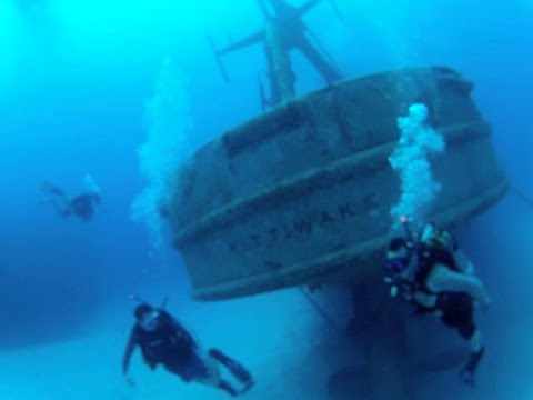 Wreck Dive - A Complete Tour of the USS Kittiwake Wreck in the Grand Cayman's