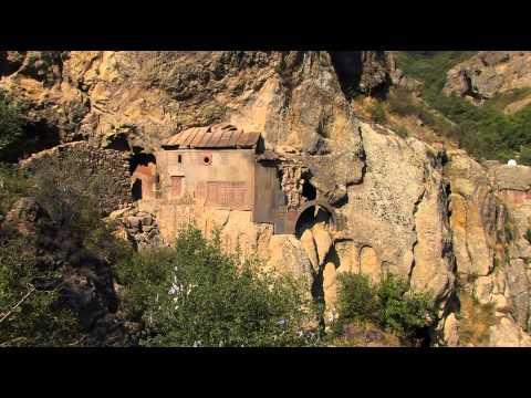Армения. Живые камни.-Armenia. Living Stones.