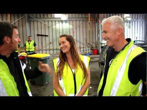 CEO Rob Fyfe and Mike Hosking Clean NZ's Dirtiest Car