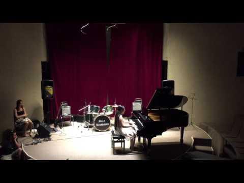 Adelina Romero - Recital Piano Sala Beethoven - Sonatina en Fa Mayor 2do Movimiento (Rondo)