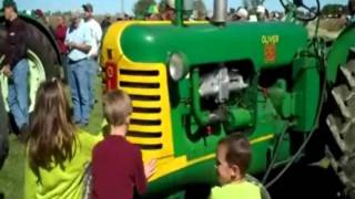 Oliver Tractors Sold on Iowa Auction