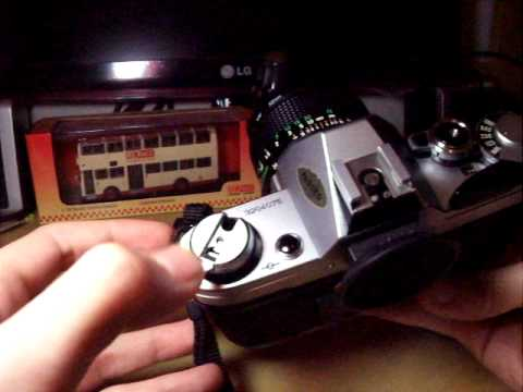 How To Unload Film From SLR Camera (Canon AE-1)