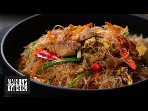 Thai Stir-fried Glass Noodles - Marion's Kitchen