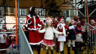 Ensemble - Zug Zumba® Kids (zuzukids) - Migros Weihnachten - Wiehnacht mitenand