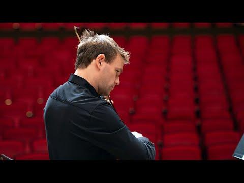 "#BerlinPhilJapan19 · Our 1st principal violist Amihai Grosz on ""Don Quixote"""