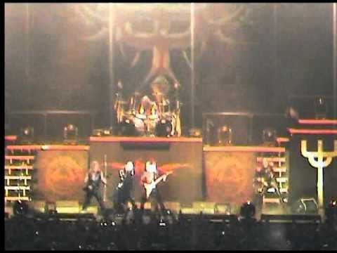 Judas Priest - Breaking the Law - Live in Lisbon 2009