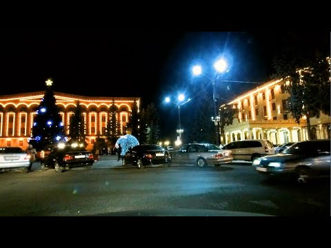 Gisherain Vanadzor / Ночной Ванадзор. По проспекту от универмага до площади.