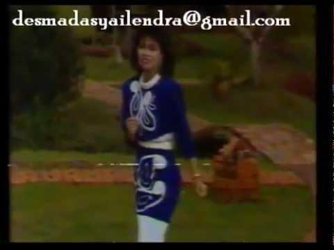 Ria Resty Fauzy - Sepatu Dari Kulit Rusa (Orginal Video Clip & Clear Sound)
