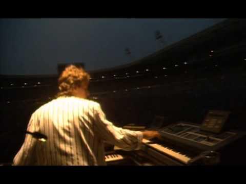 GENESIS - Tonight, Tonight, Tonight (Live At Wembley Stadium 1987)