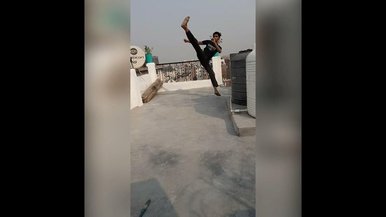 Download Flying kick 😝😝😝