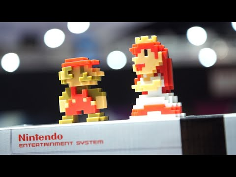 Exclusive 8-Bit Mario & Peach Take On Comic Con 2017 - IGN Access