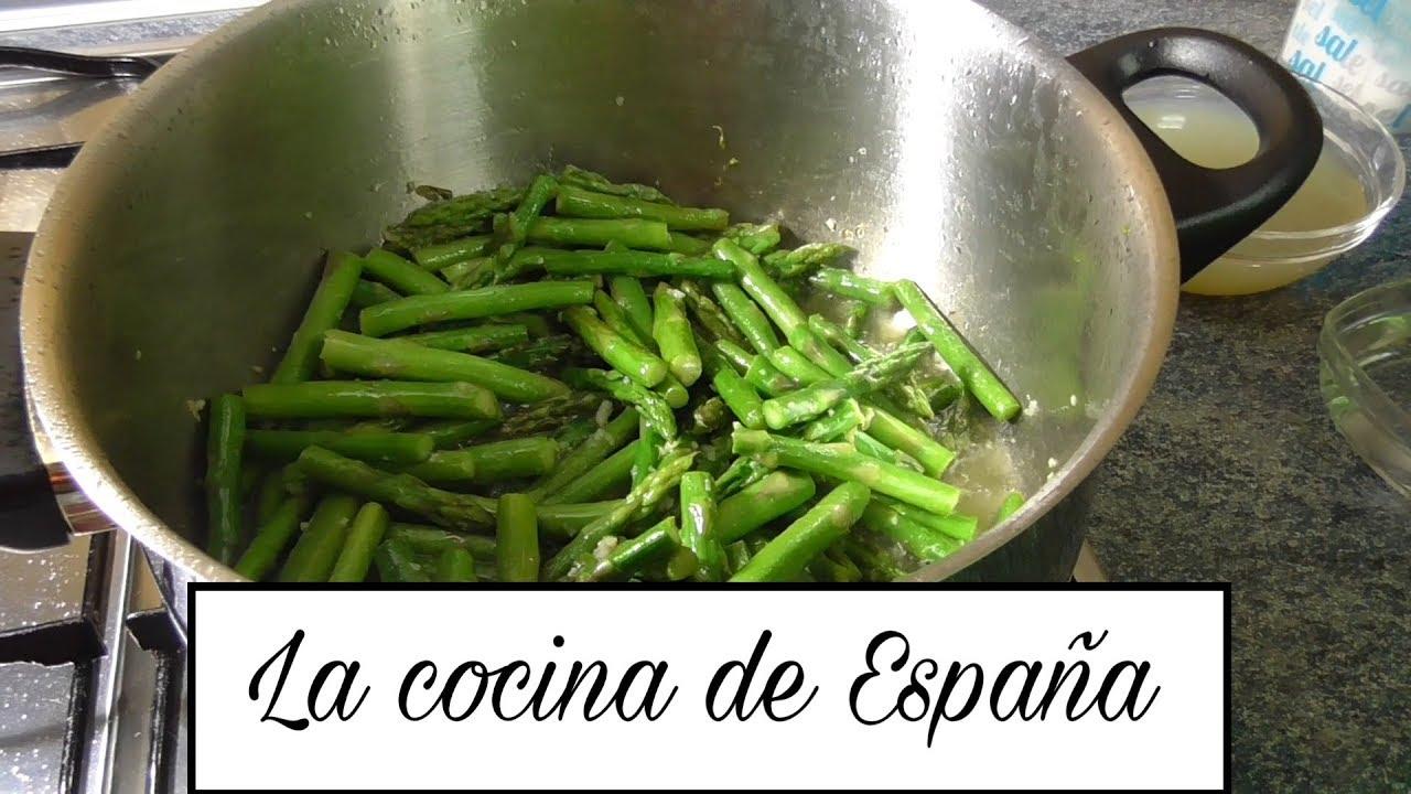 Cocinar esp rragos trigueros youtube for Cocinar esparragos