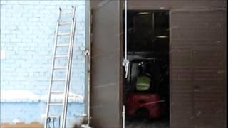 видео Откатные ворота из сэндвич панелей Пермь