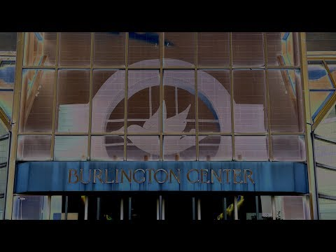 A visit to the Abandoned Burlington Center Mall with A Murder of Crows in attendance - RAW VIDEO
