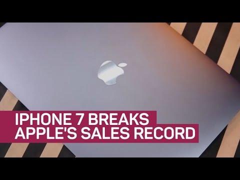 iPhone 7 breaks Apple