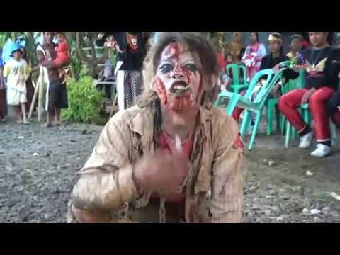 Singa Barong Arak-Arakan Dangdut - The Bloody Zoombi