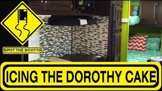 The Scotts' Trailer Renovations: Backsplash, Dinette And Bedding!