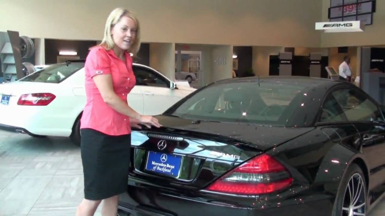Emily with mercedes benz of buckhead reviews the 2010 for Buckhead mercedes benz
