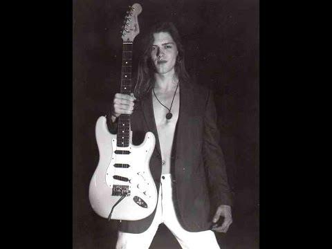 Amazing Guitar Solo Video ! Robert Owen - guitar // If you like Eddie Van Halen , George Lynch...