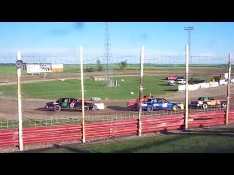 100 3195 2015-06-27 Devils Lake Speedway Pure stock Heat 1 part 2