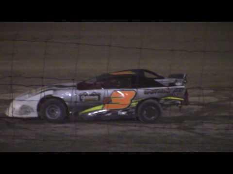 Hummingbird Speedway (8-6-16): Street Stock Feature