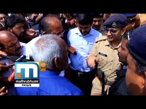 Police Leaves Minister Tongue Tied| Vakradrishti; Episode: 675| Mathrubhumi News