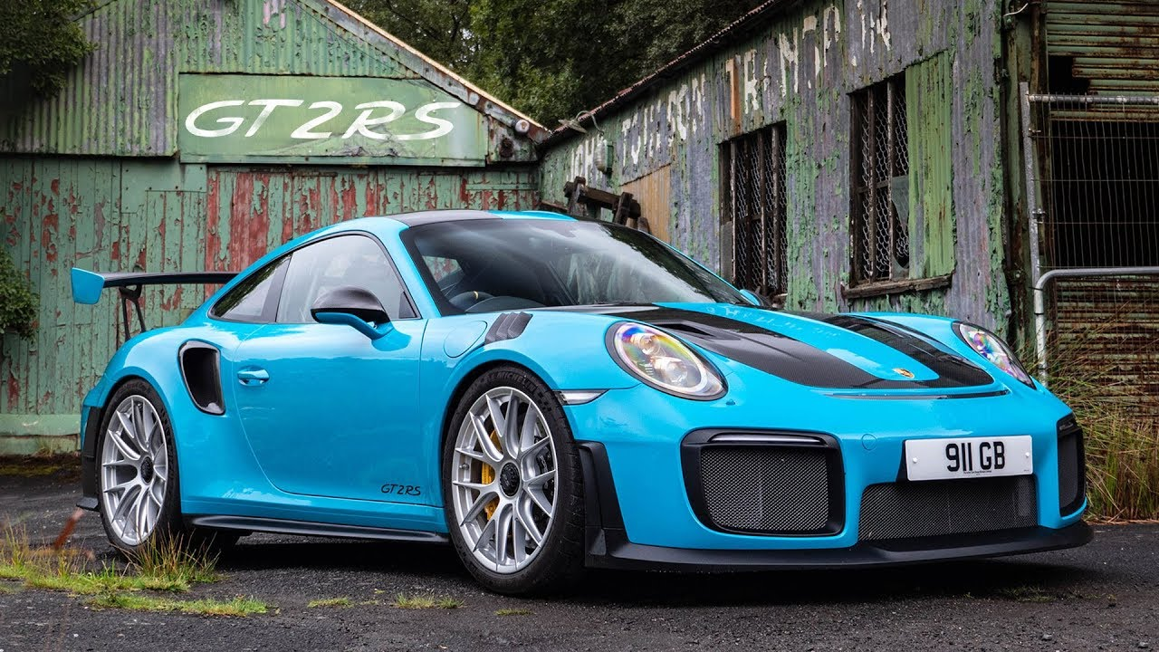 Porsche 911 GT2 RS: The Ultimate Road Review - Carfection (4K) - YouTube
