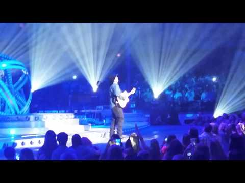 Unanswered Prayers, Garth Brooks - Chicago 9/6