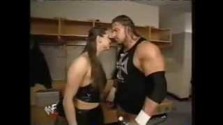 Stephanie McMahon  kiss Triple H
