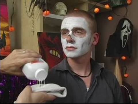 Skull Halloween Makeup : How to Use Baby Powder for Skull ...