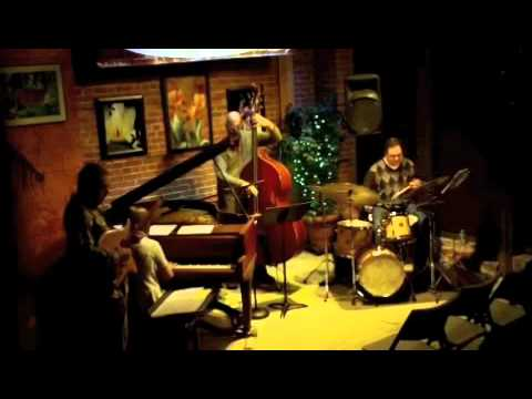 Treeline - Dan Arcamone - The Buttonwood Tree 9.16.11